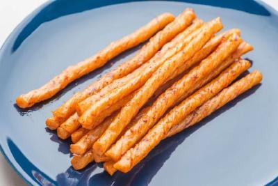 """市场监管总局:""""辣条""""类食品统一按照调味面制品管理 减盐减油减糖"""