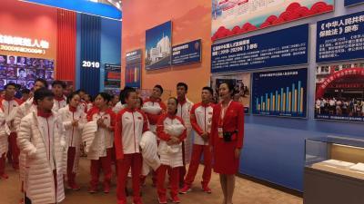 厉害!庆祝中华人民共和国成立70周年大型成就展,这位黄冈姑娘进京担任解说员