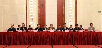 省社科联第八届委员会第六次全体(扩大)会议在汉举行