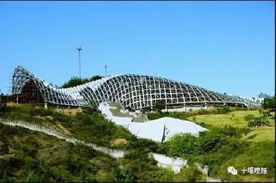 太牛了!十堰大山里的奇特房子获全国建筑设计最高奖!