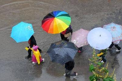 本周武汉阴雨天气将影响出行,今天拥堵最明显