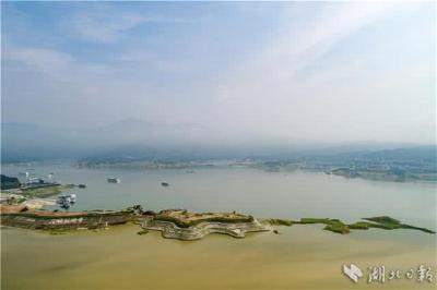 三峡水库迎来今年最大洪水 超防汛控制水位6米以上
