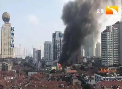 心痛!武汉百年江汉饭店遭遇大火!