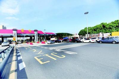 湖北省高速ETC昨全面联调联试 多个高速收费站人工车道排长队