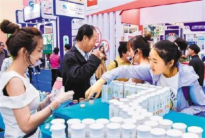 奶牛养殖效益回升,乳品消费信心增强——国人越来越爱喝国产放心奶