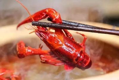 疫情致小龙虾滞销严重,部分养殖户很乐观