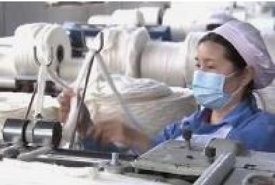 武汉22家医疗企业复工复产 生产防护服30.85万件