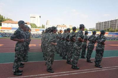武汉鼓励大学生服役 本科毕业入伍奖励不低于2万