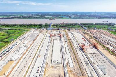 荆州煤炭储配基地3月后启用 每年可分运5000万吨煤