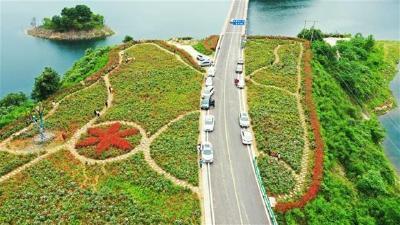 湖北美丽公路经济带建设闯入全国第一方阵