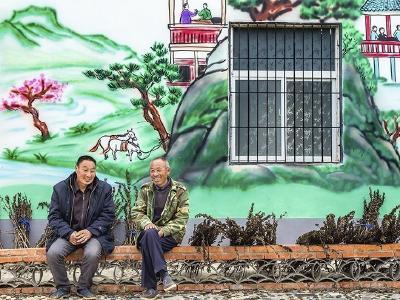 襄阳:乡村文化墙融合村民生活唯美动人
